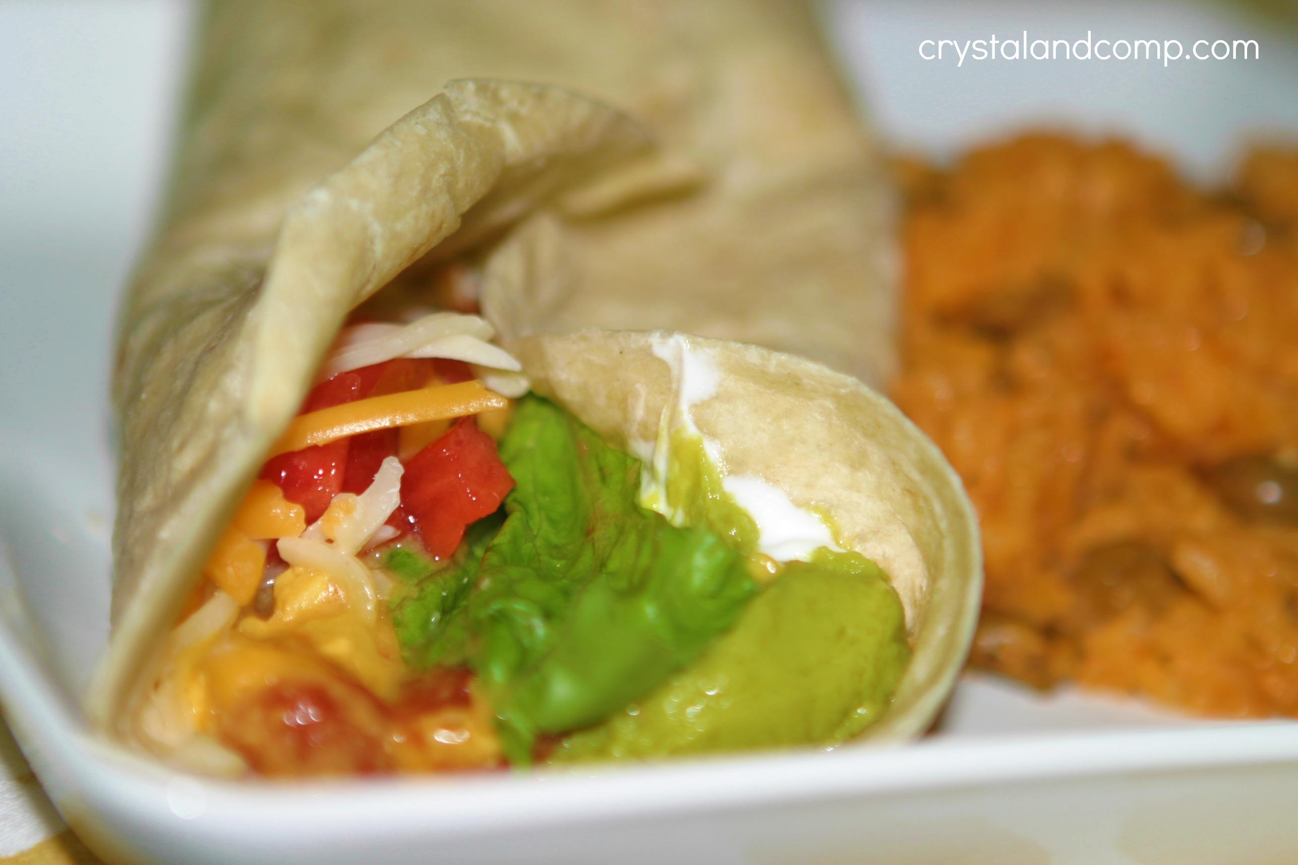 Easy RecipesCreamy Crockpot Chicken Tacos