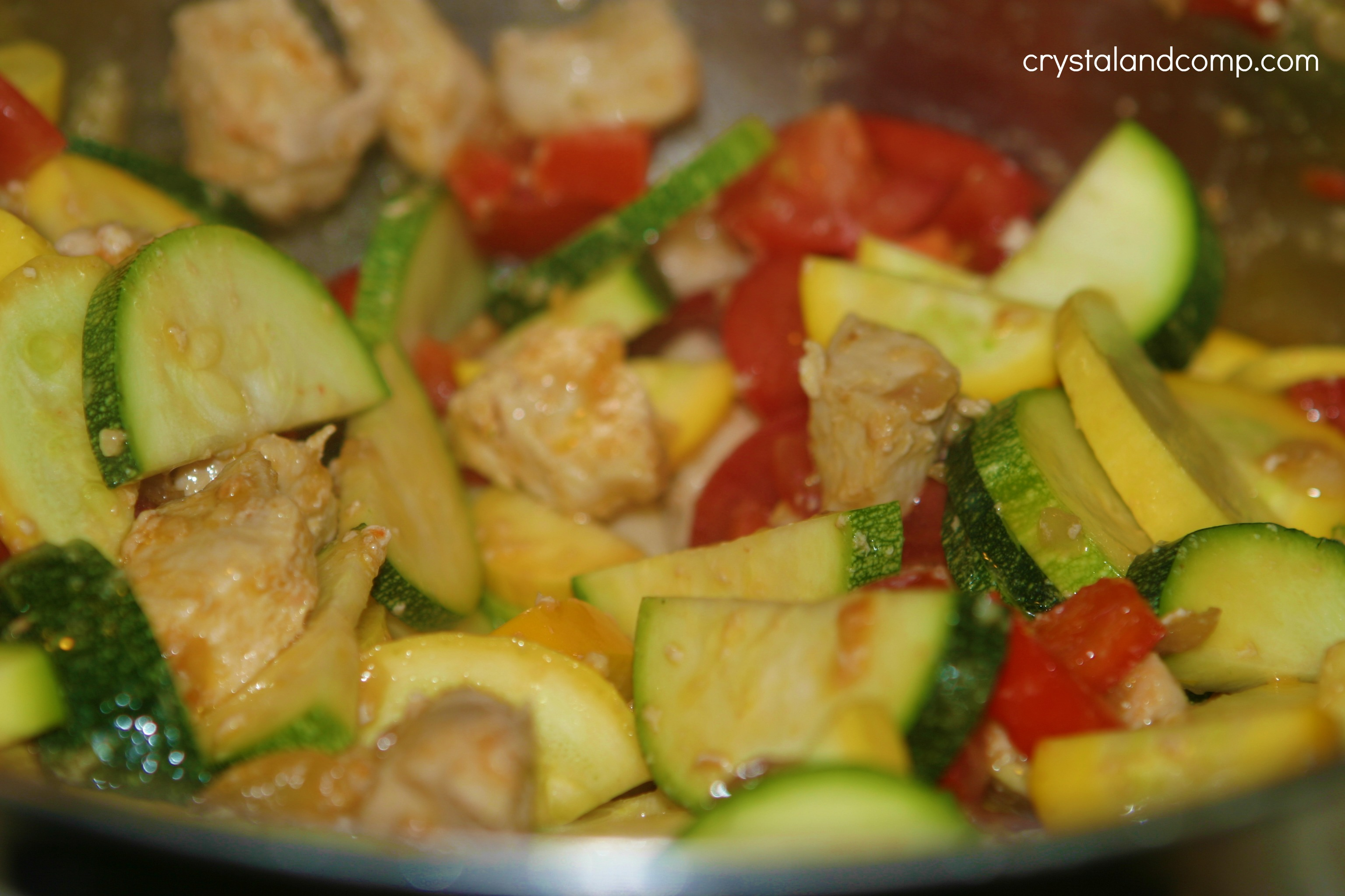 Easy Recipes: Chicken and Summer Squash over Rice | CrystalandComp.com