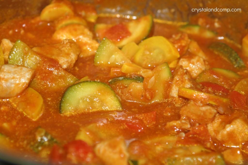 Easy Recipes: Chicken and Summer Squash over Rice | CrystalandComp.com