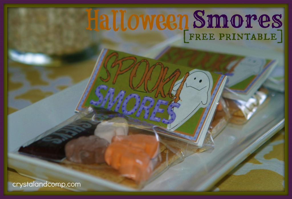These halloween smores make the cutest trick or treat goodie they are