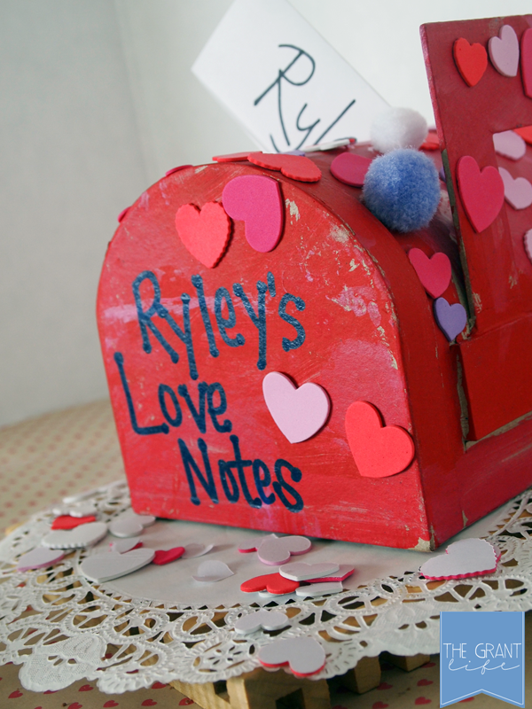 Activities for Kids - Valentines mailbox for kids