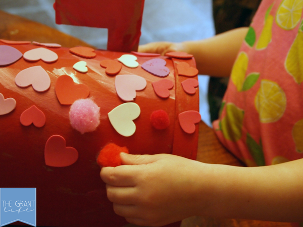 Activities for Kids - Valentines mailbox