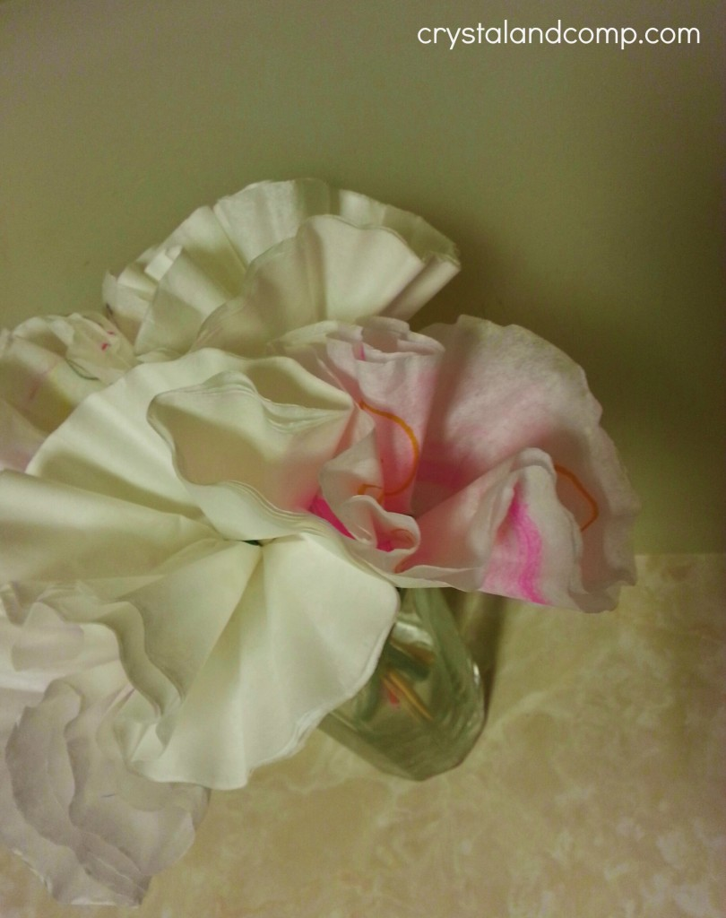 how to make paper flowers using coffee filters