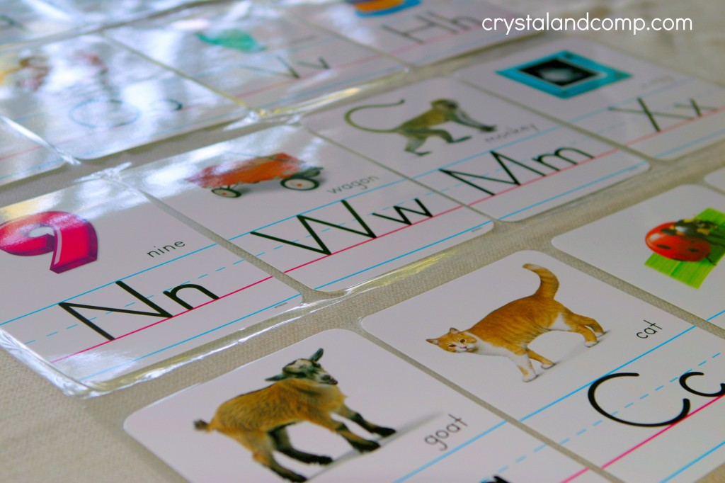 how to make an alphabet flipbook