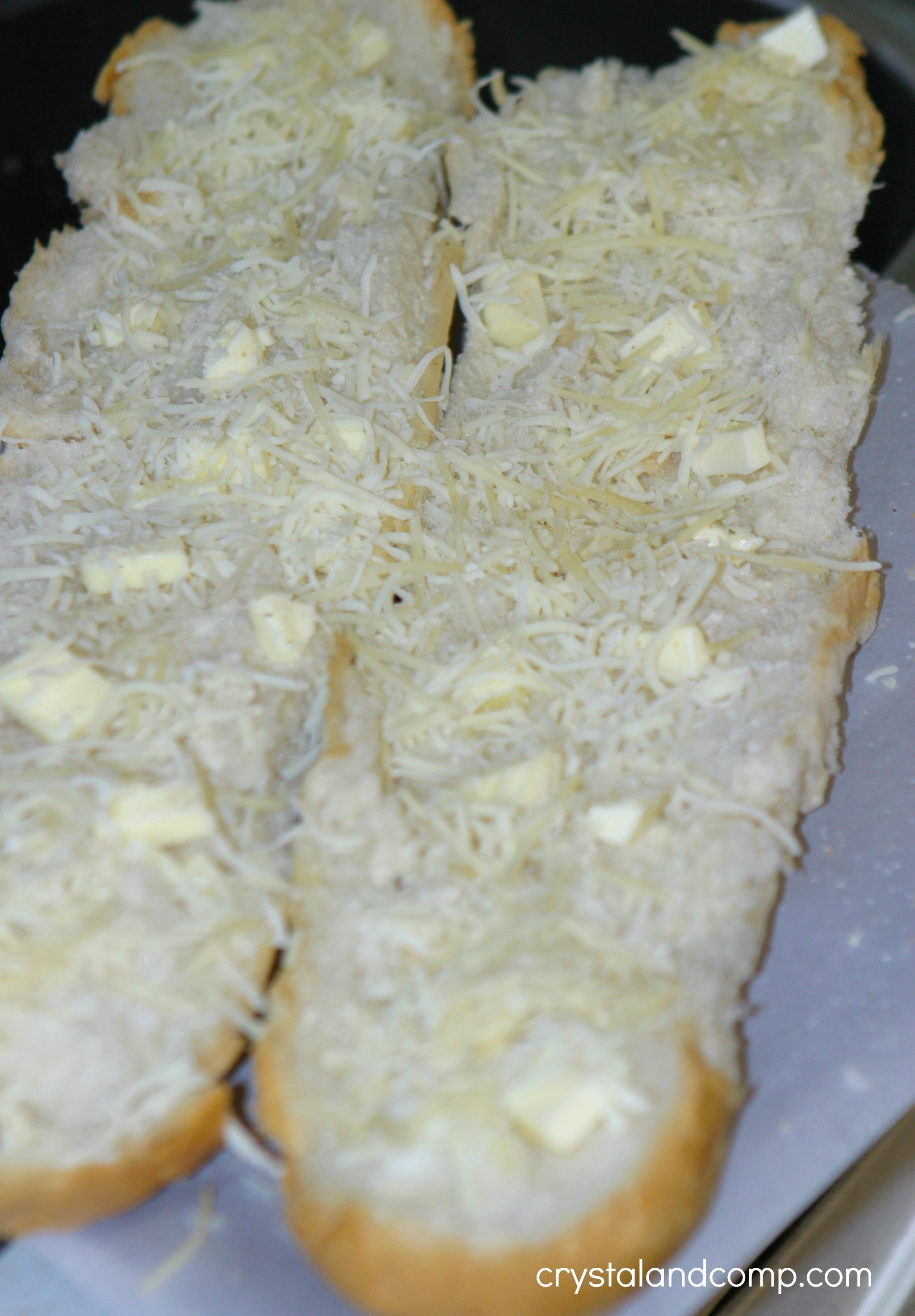 Easy Garlic Cheese Bread