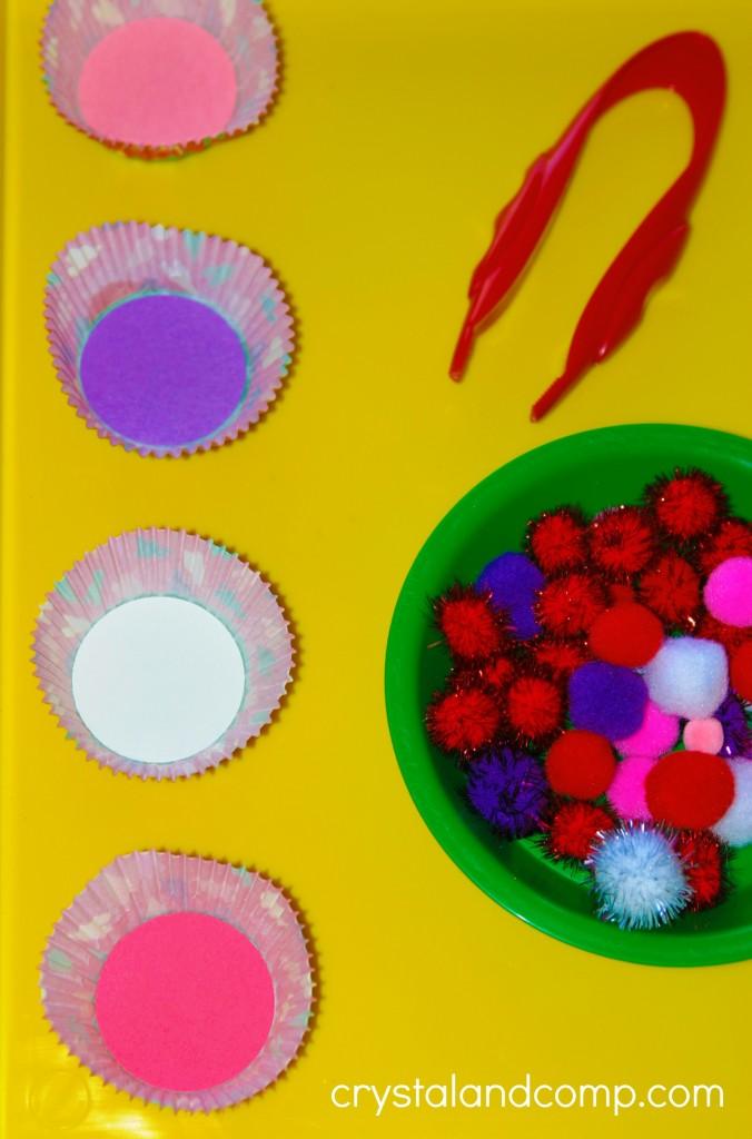 preschool sorting activities using pom poms