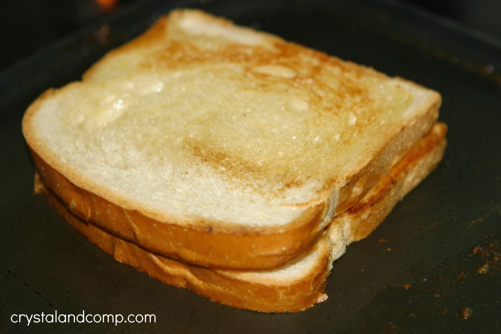 Best Grilled Cheese Sandwich Recipe