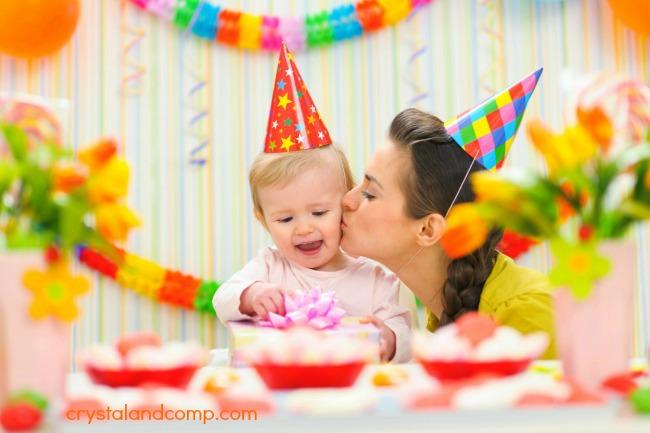 budget friendly first birthday paryt ideas