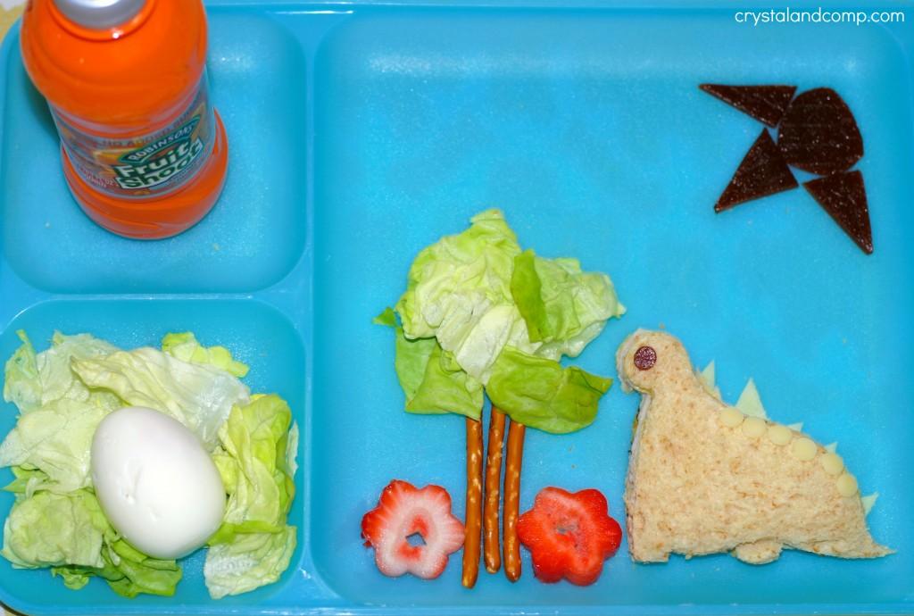 dinosaur bento sandwich