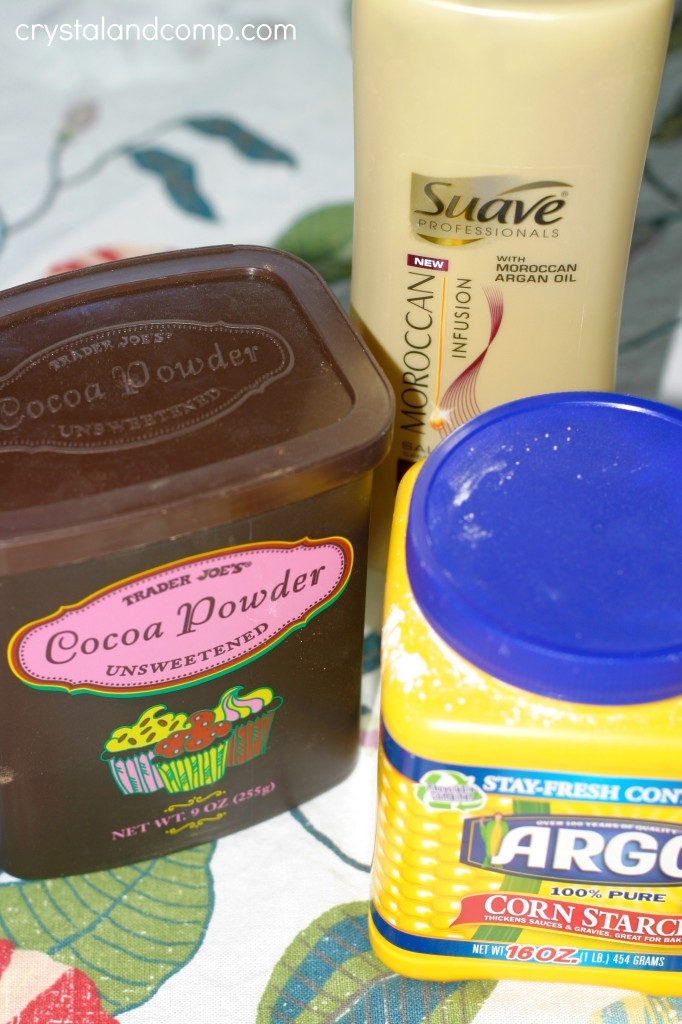 three ingredients for chocolate play dough