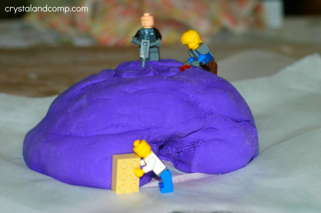 summer play ideas - calming play dough