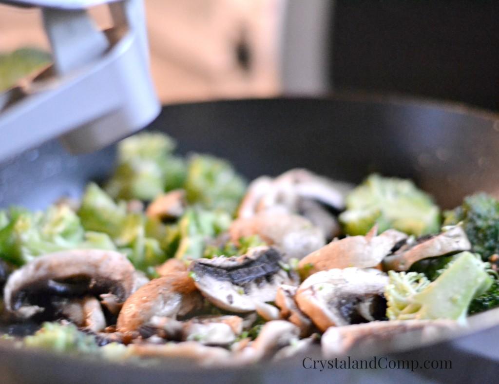 Creamy Mushroom and Broccoli Bow Tie Pasta 1