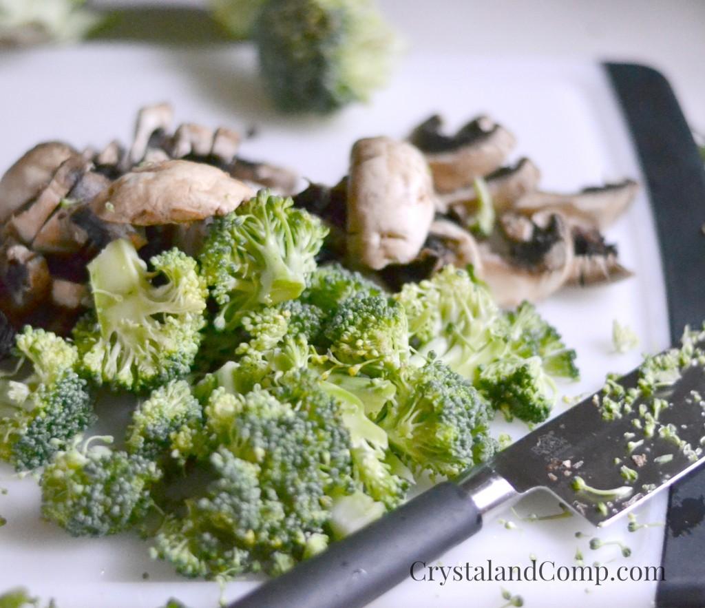 Creamy Mushroom and Broccoli Bow Tie Pasta
