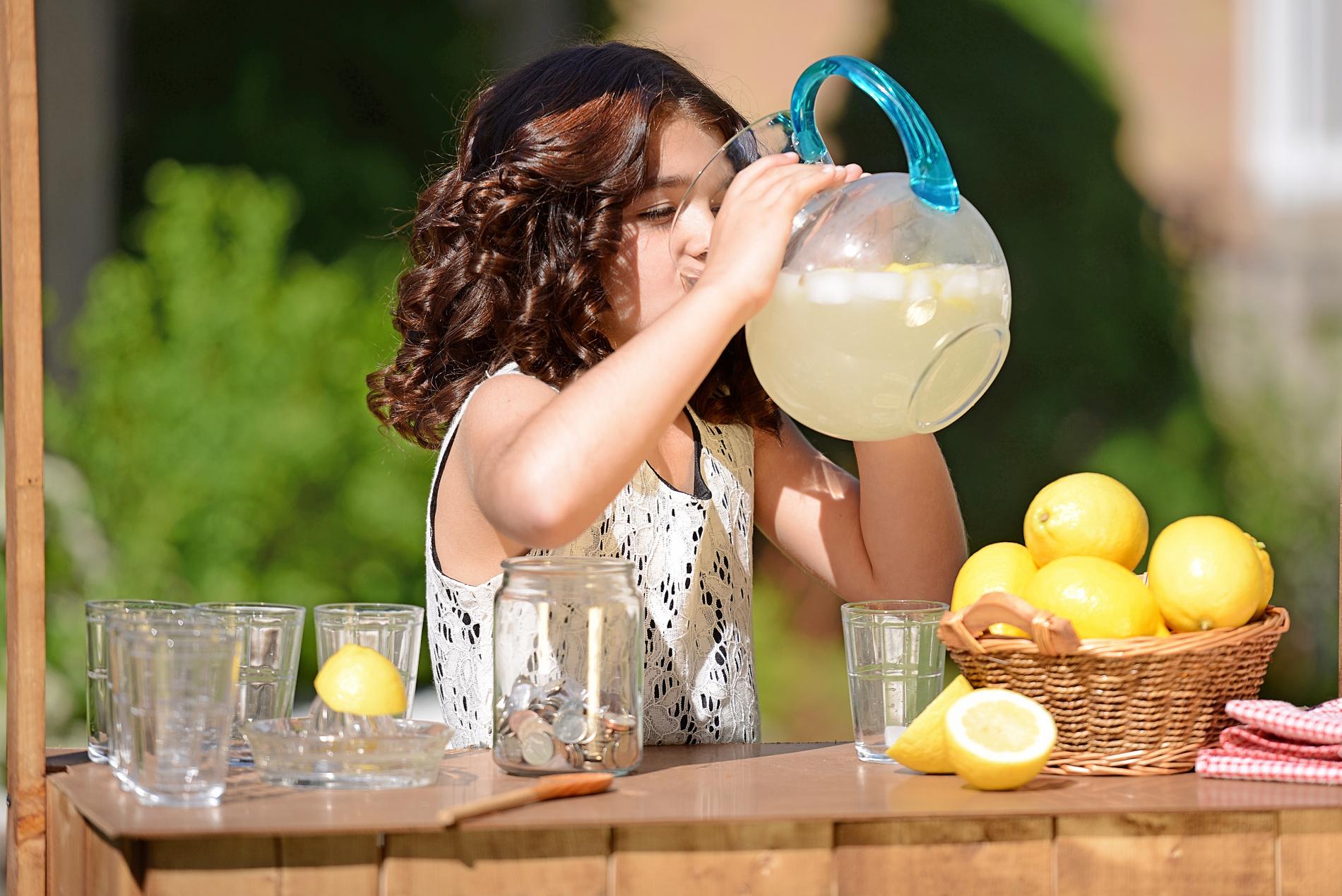 how to make lemonade stand