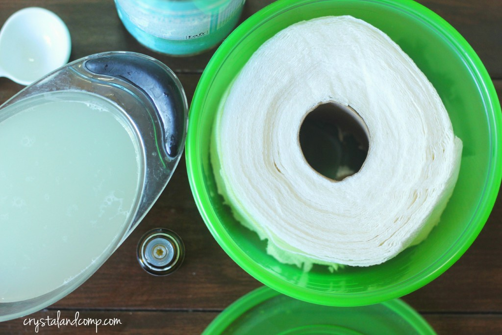 how to make DIY cleaner wipes