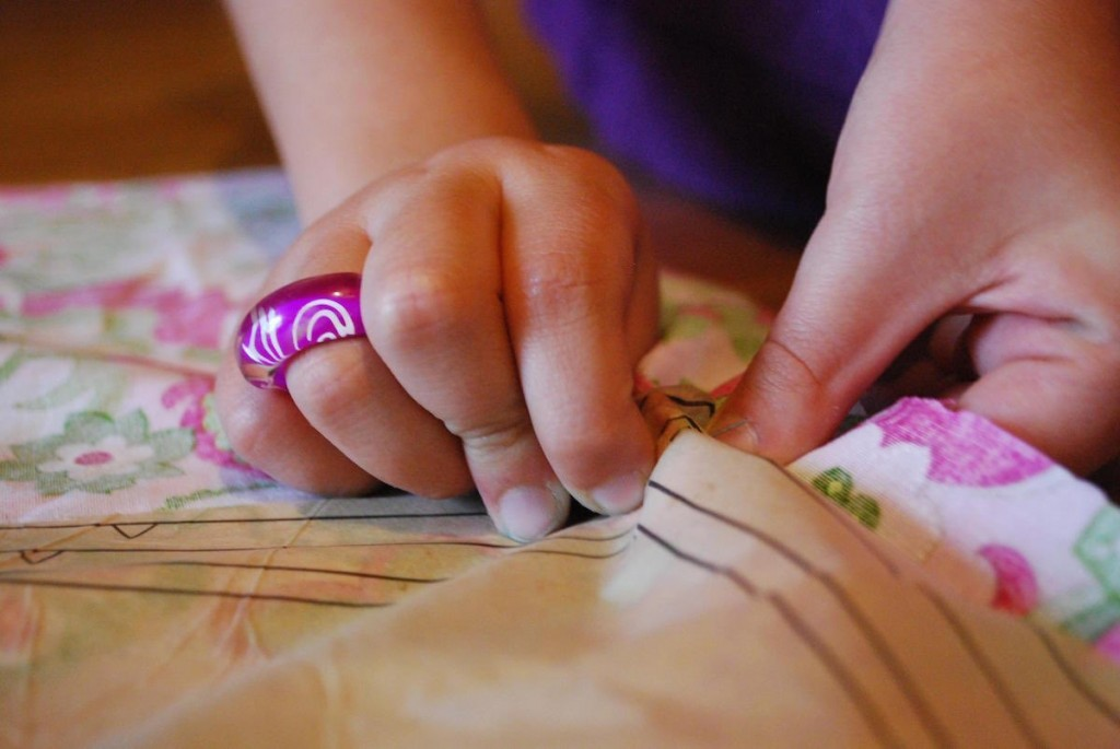 sewing-hands-on