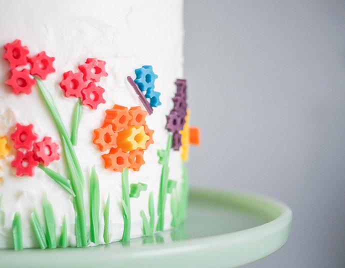 Twizzler Flowers Birthday Cake Idea