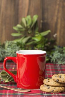 Cleaning Hacks to Get Ready for Christmas