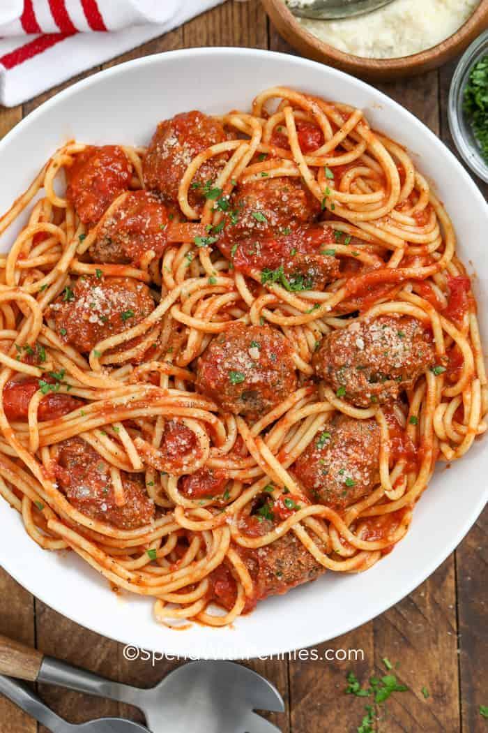 Spaghetti and Meatballs {Family Favorite}