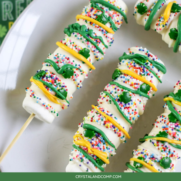 St. Patricks Day Decorated Marshmallow Pops